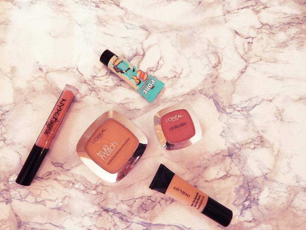 προϊόντα για βασικό νεσεσέρ μακιγιάζ