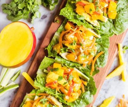σάντουιτς για τον γιορτινό μπουφέ - μαρούλι