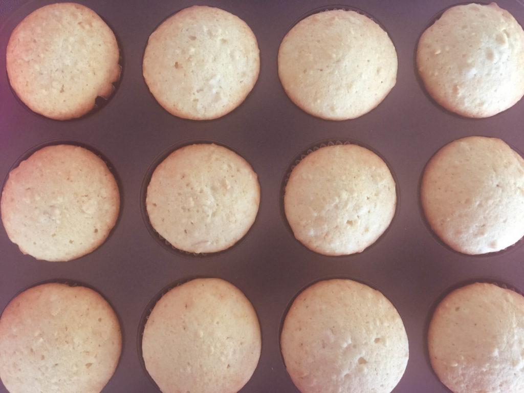 Λευκά κεϊκάκια αμυγδάλου6