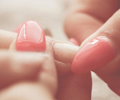 Πώς να λιμάρετε πέντε βασικά σχήματα νυχιών