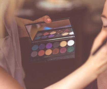 Ποιο μακιγιάζ σου ταιριάζει ανάλογα με τον τόνο της επιδερμίδας σου