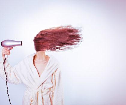 Εύκολο Στέγνωμα των μαλλιών χωρίς φριζάρισμα