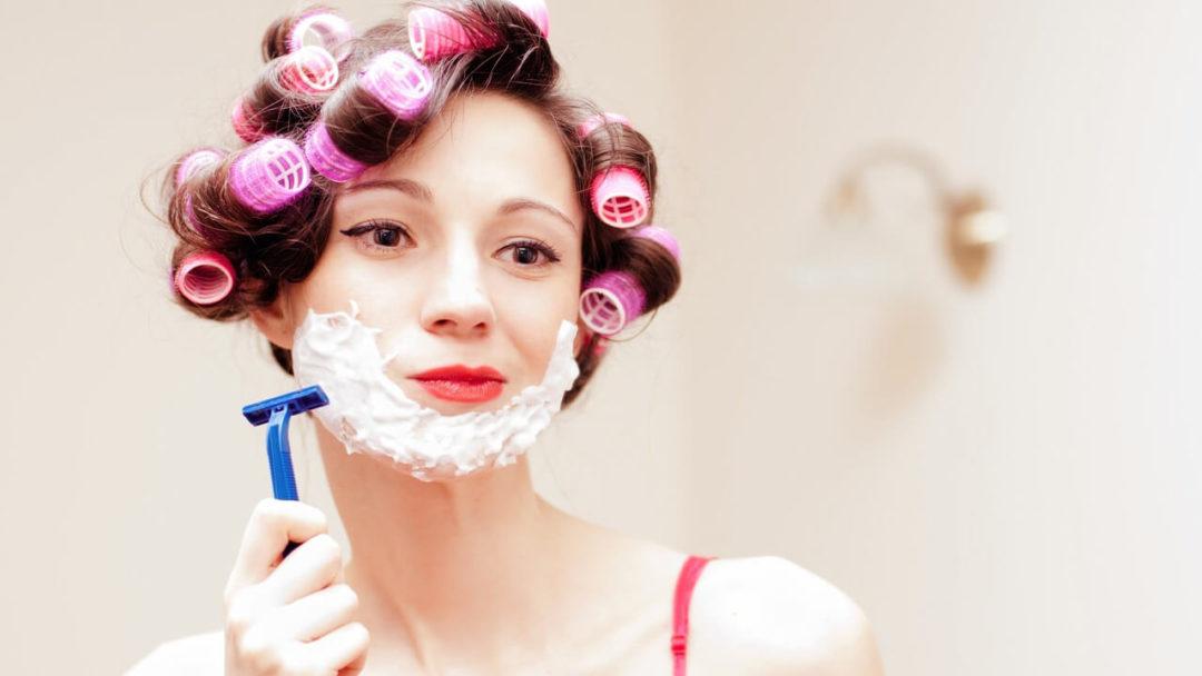 Το ξύρισμα και το γυναικείο πρόσωπο: Πόσο ασφαλές είναι;