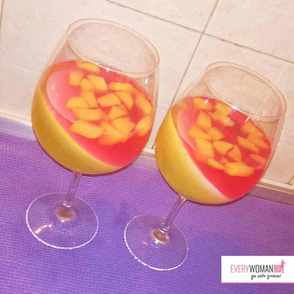 Δροσερό γλυκό με ζελέ και φρούτα