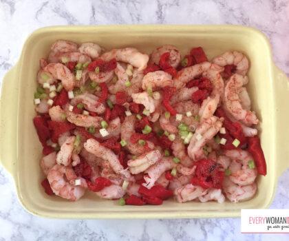 Γαρίδες στο φούρνο με κόκκινη πιπεριά και φέτα