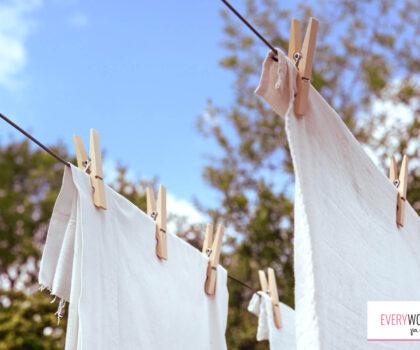 Πόσο επικίνδυνο είναι το στέγνωμα των ρούχων μέσα στο σπίτι