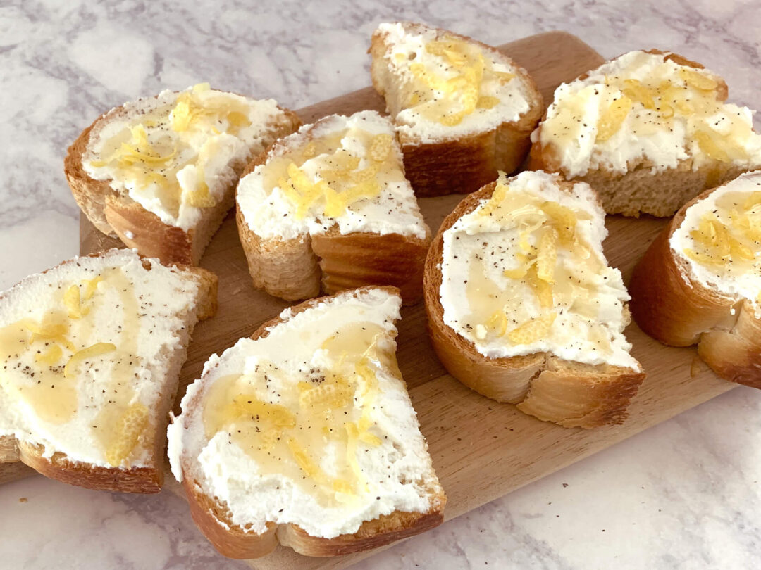 Κροστίνι λεμονιού με ρικότα